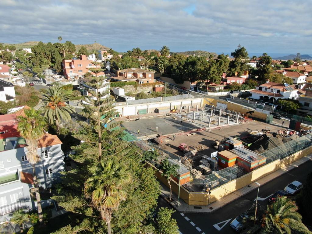 Vista aérea cimentación del colegio Oakley.